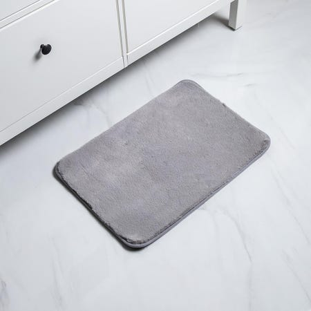 1061_Harman_Fluffy_Faux_Fur_Polyester_Bathmat___Small__Light_Grey