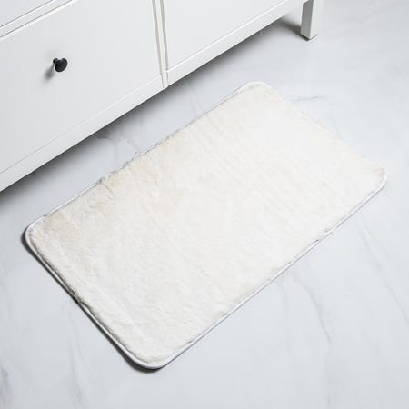 1062_Harman_Fluffy_Faux_Fur_Polyester_Bathmat___Large__Cream