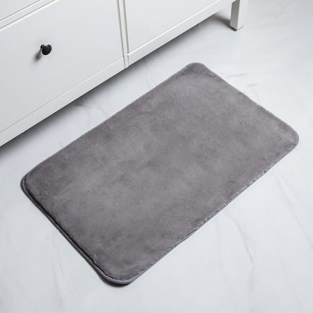 1065_Harman_Fluffy_Faux_Fur_Polyester_Bathmat___Large__Light_Grey