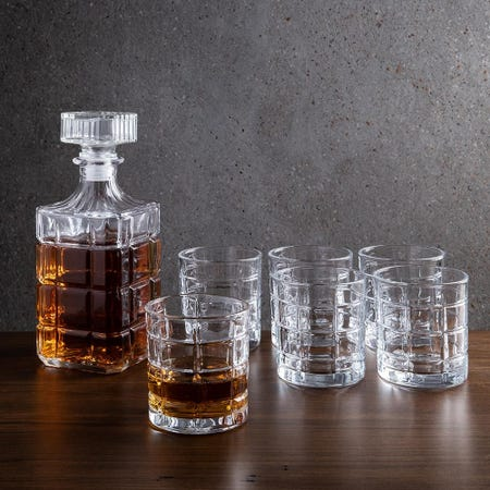 1099_Godinger_Exquisite_'Plaid'_Whiskey_Decanter_Combo___Set_of_7
