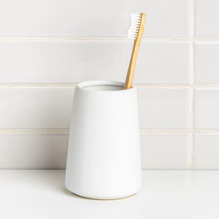Anitra Tumbler T Brush White
