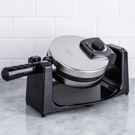 Salton Rotating Waffle Maker