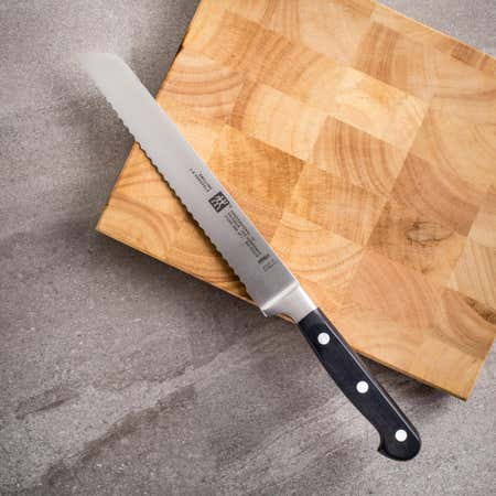 20825_Zwilling_J_A__Henckels_Professional__S__Bread_Knife