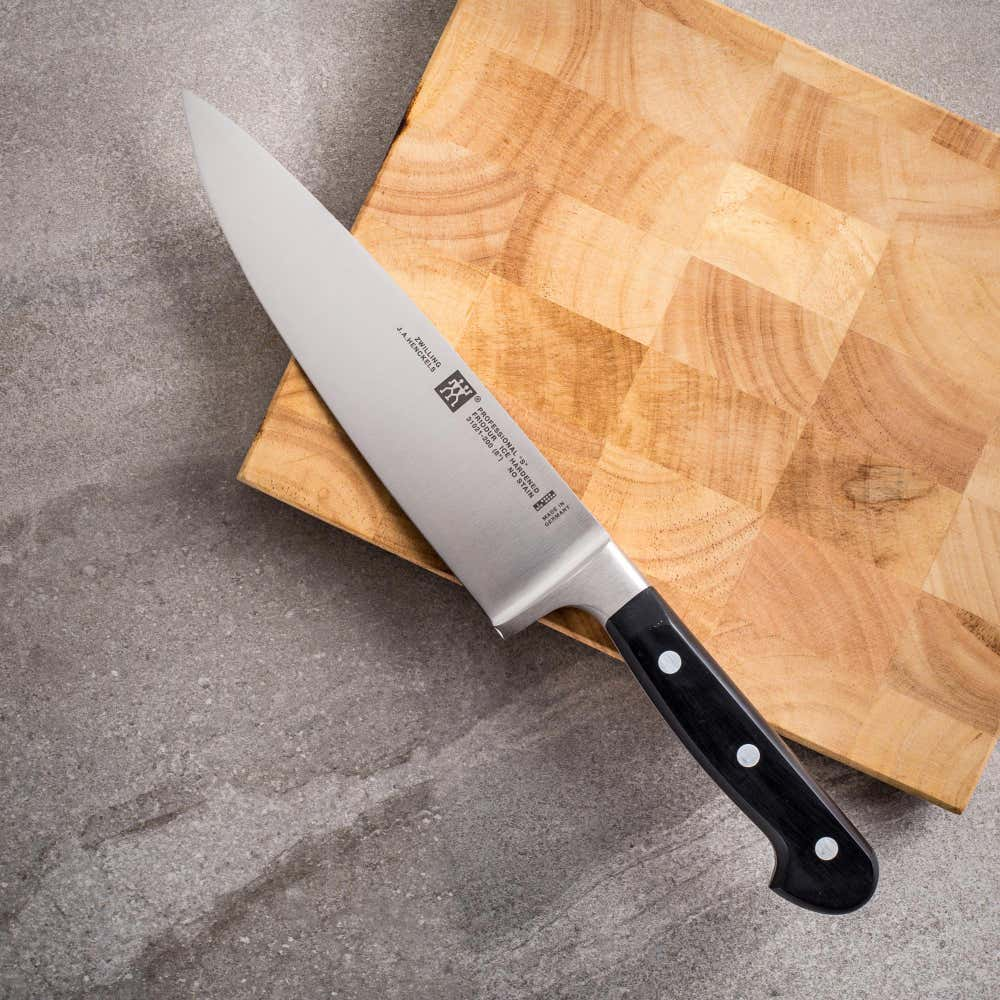 20828_ZWILLING_Professional_'S'_8__Chef_Knife