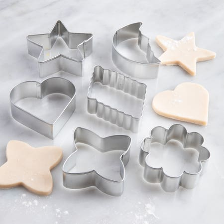 22765_Wilton_6pc__Cookie_Cutter_Set___Basic