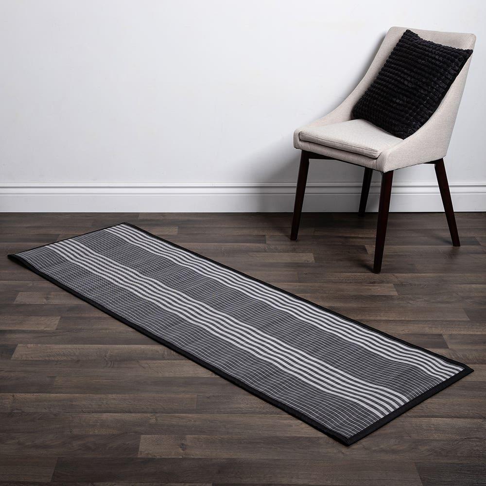 Floor Mat 24X72 L Stripe Blk