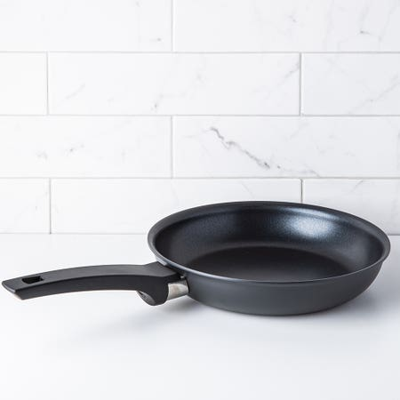 Softouch N S Frypan 9 5