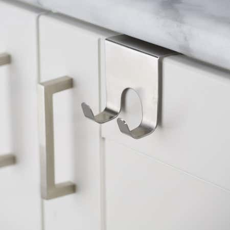 47231_iDesign_Forma_Over_Cabinet_Double_Hook