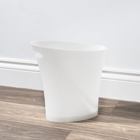 68099_Umbra_Skinny_Garbage_Can___White