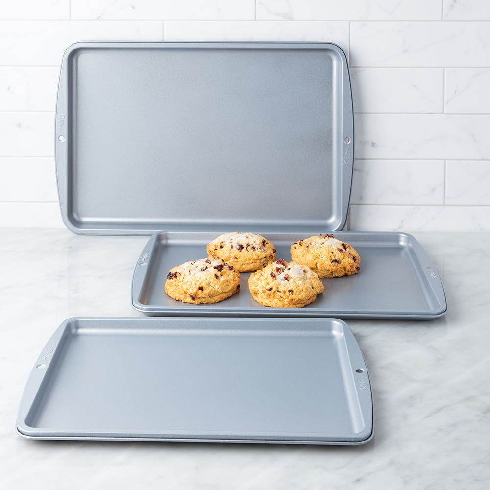 Wilton Recipe Right 3pc. Cookie Sheet Set