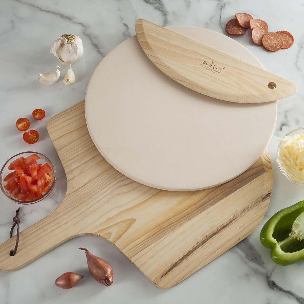 80929_KSP_Cucina_Pizza_Stone_with_Paddle___Cutter___Set_of_3__Natural
