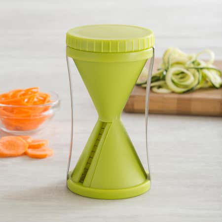 82903_KSP_Veggi_Twist_'Mini'_Spiral_Vegetable_Slicer__Green