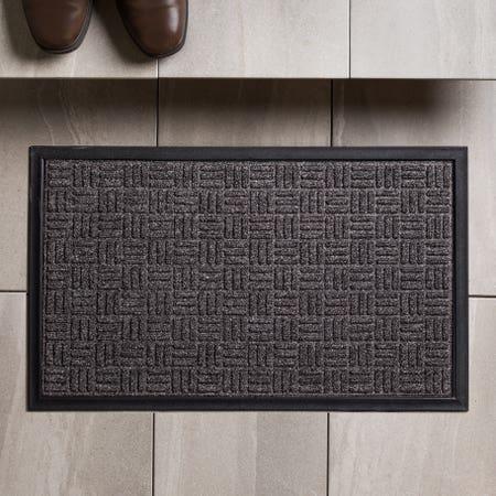 83157_KSP_Tufted_'Square_Hatch'_Rubber_Backed_Doormat__Black