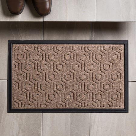 83160_KSP_Tufted_'Hexagon'_Rubber_Backed_Doormat__Natural