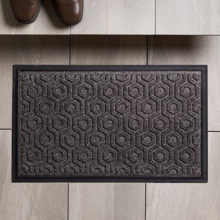 83161_KSP_Tufted_'Hexagon'_Rubber_Backed_Doormat__Black