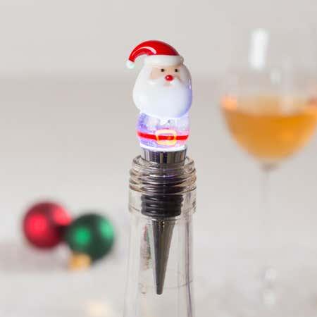 83697_KSP_Christmas_Glass_'Santa'_LED_Bottle_Stopper