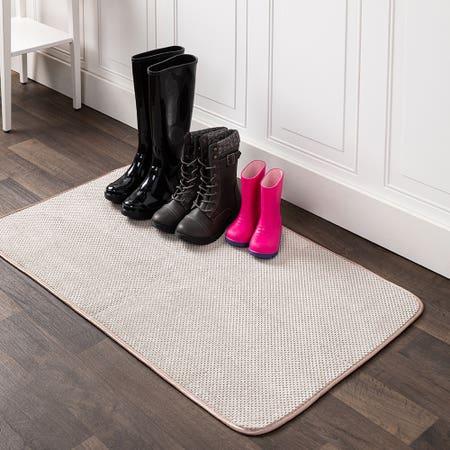 84937_Harman_Luxe_Plush_Boot_Shoe_Drying_Mat__Taupe