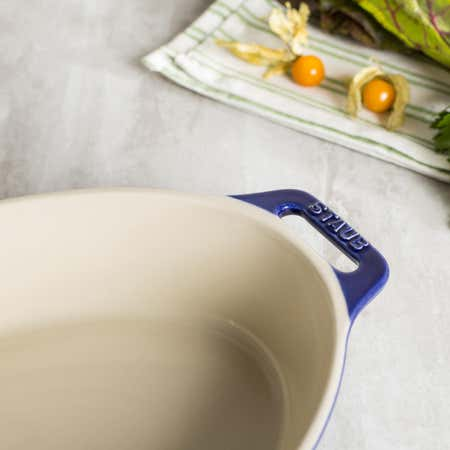 85394_Staub_En_France_Ceramic_Oval_11_x8__Roasting_Dish__Dark_Blue