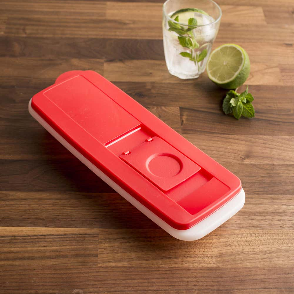 86161_KSP_Fresh__and__Pure_Ice_Cube_Tray_with_Lid__Red