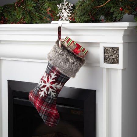 87179_KSP_Christmas_Plaid_Stocking_Snowflake__Multi_Colour