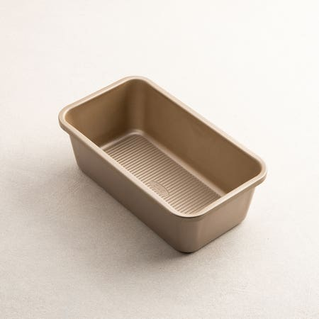 87237_OXO_Commercial_Pro_Loaf_Pan__Bronze