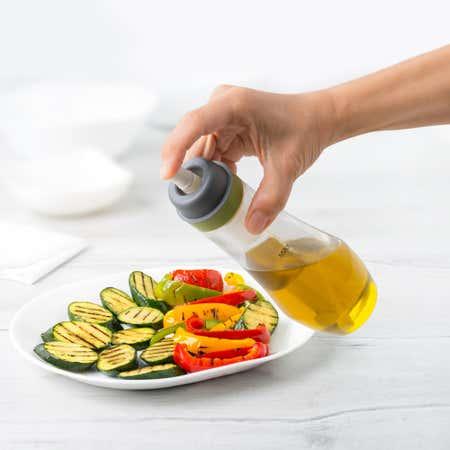 87825_Trudeau_Maison_Essence_Oil_Spray_Bottle__Clear