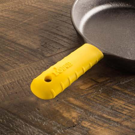 88568_Lodge_Pro_Logic_Kitchen_Gear_Silicone_Hot_Handle_Pot_Holder__Yellow