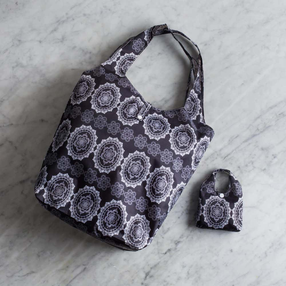 88986_KSP_Carry_'Lace'_Shopping_Bag__Black_White