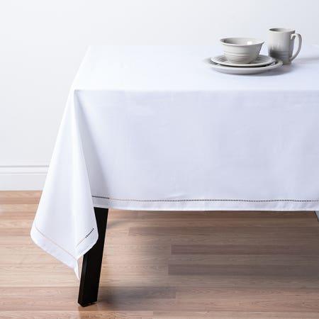 89476_Harman_Hemstitch_60__x_90__Polyester_Tablecloth__White