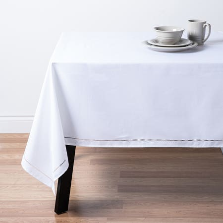 89480_Harman_Hemstitch_60__x_120__Polyester_Tablecloth__White