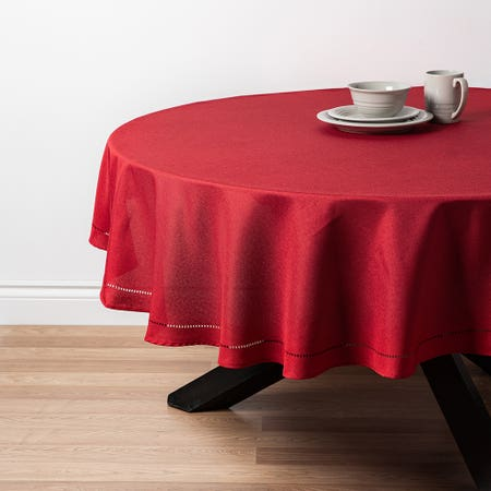 89483_Harman_Hemstitch_70__Round_Polyester_Tablecloth__Red