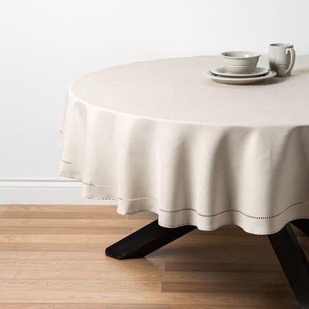 89486_Harman_Hemstitch_70__Round_Polyester_Tablecloth__Linen
