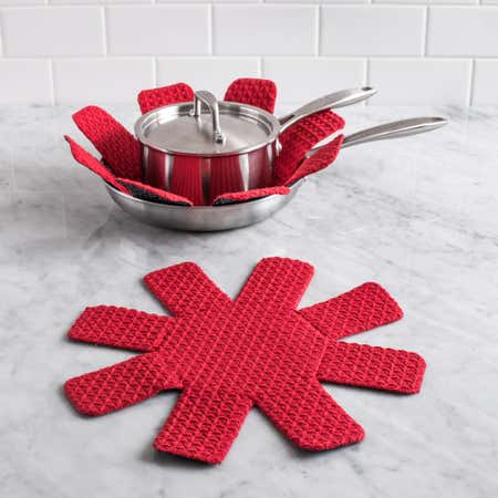 89564_Harman_Cucina_Cookware_Protector___Set_of_2__Red