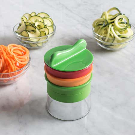 89863_OXO_Good_Grips_Spiral_Vegetable_Slicer_3blade__Multi_Colour