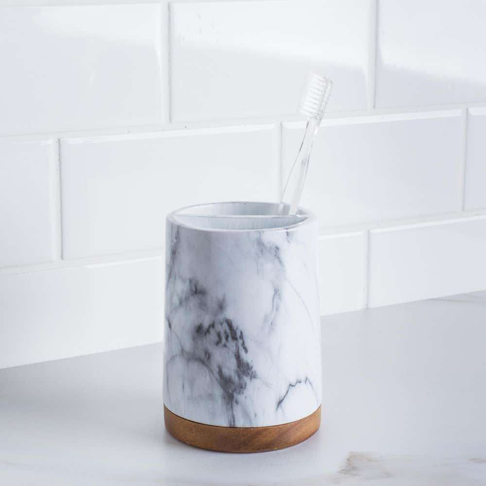 91538_Harman_Wysteria_Ceramic_Toothbrush_Holder__White