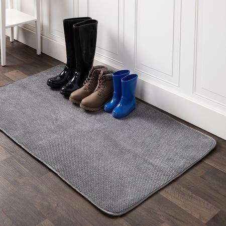 91615_Harman_Luxe_Plush_Boot_Shoe_Drying_Mat__Charcoal