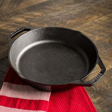 91848_Lodge_Logic_Dual_Handle_Frypan__Black