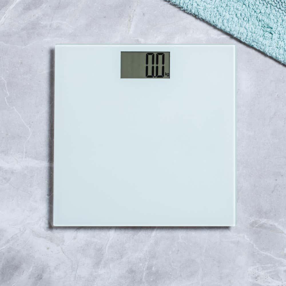 92079_KSP_Personal_Glass_Digital_Bathroom_Scale__White