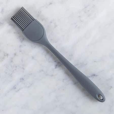 93310_KSP_Colour_Splash_Silicone_Pastry_Basting_Brush__Grey