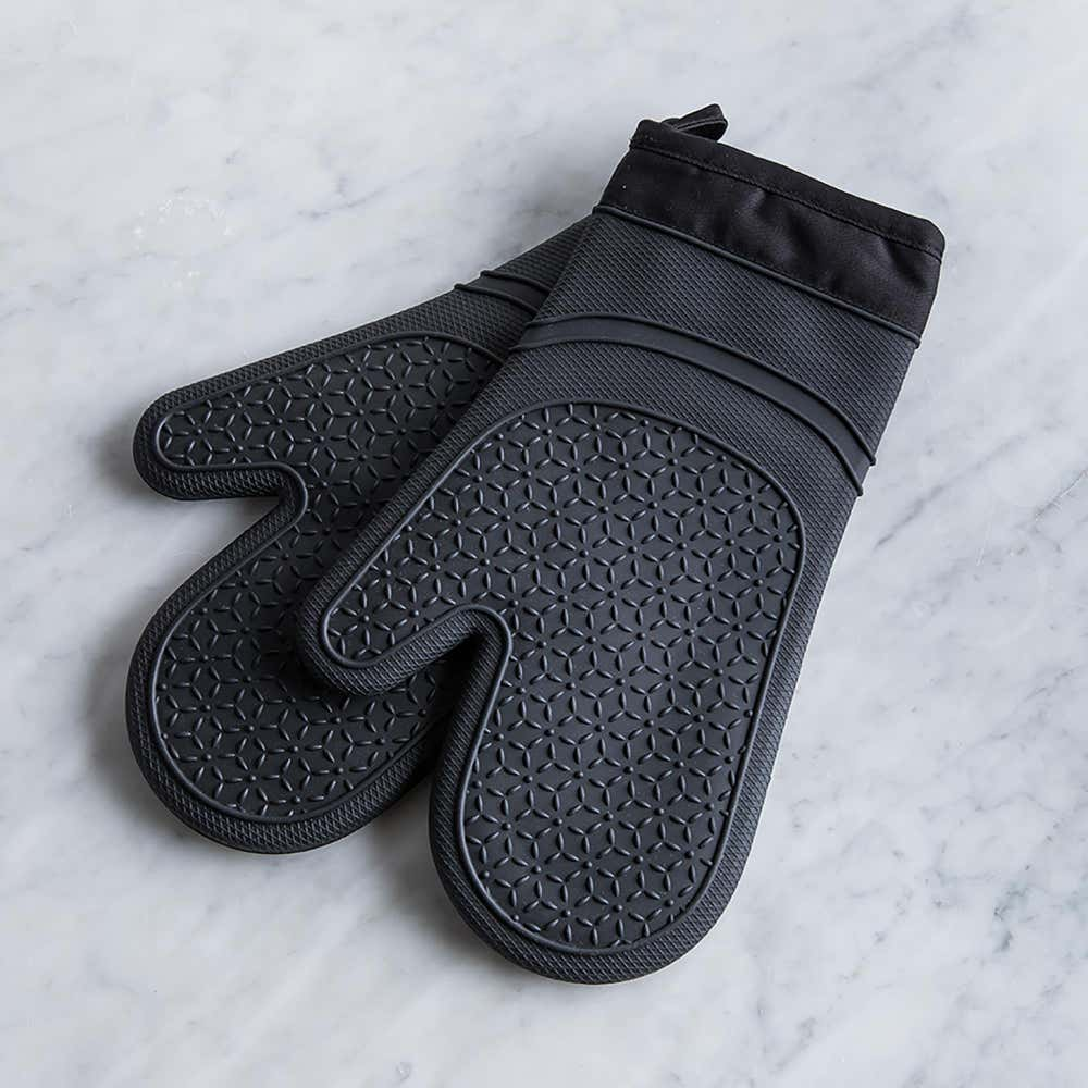 93651_KSP_Luxe_Lined_Silicone_Oven_Mitt___Set_of_2__Black