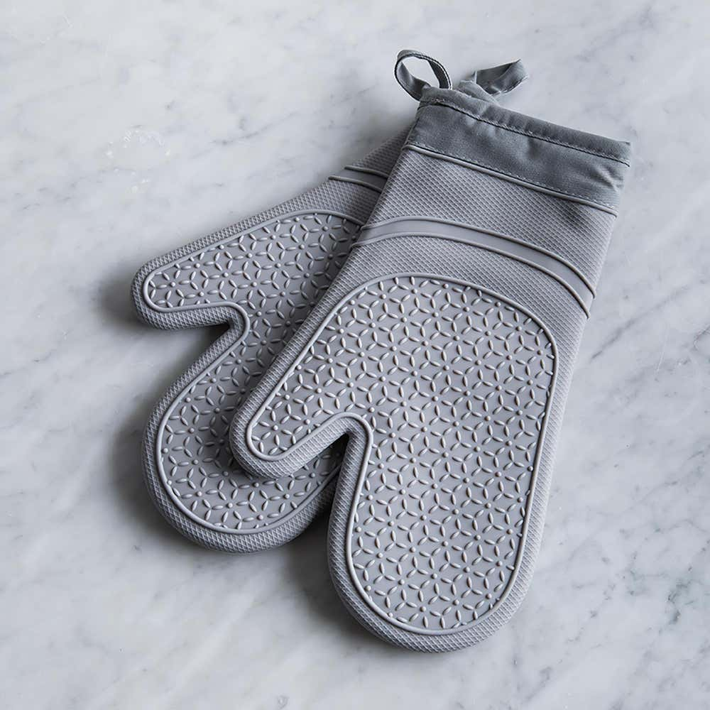 93658_KSP_Luxe_Lined_Silicone_Oven_Mitt___Set_of_2__Grey