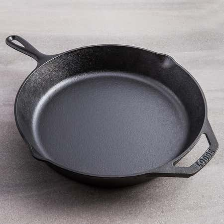 94471_Lodge_Logic_Canadiana_Frypan_with_Helper_Handle__Black