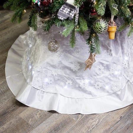 94555_Harman_Christmas_'Snowflake'_Polyester_LED_Tree_Skirt__Silver