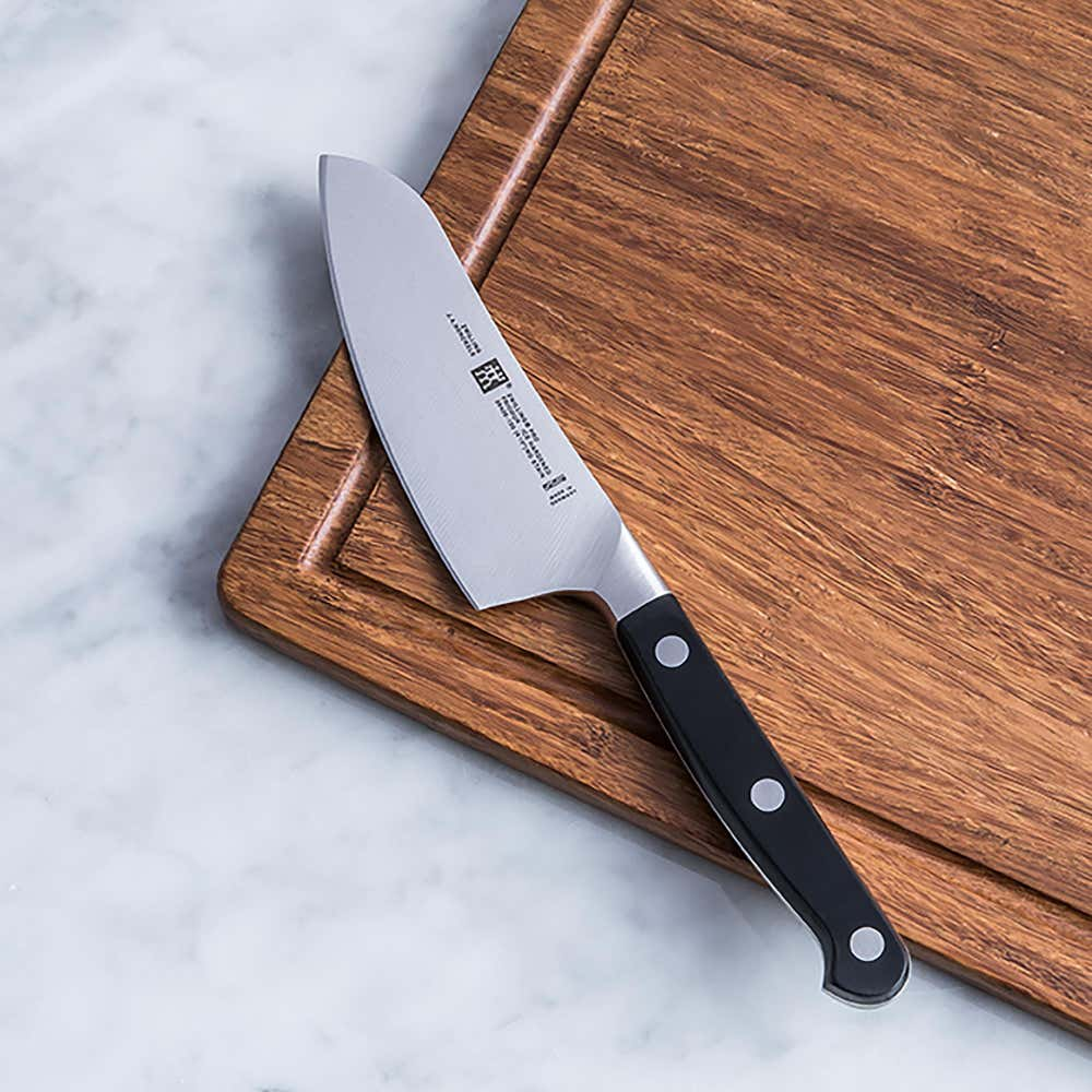 94617_Zwilling_J_A__Henckels_Pro_Petite_4_5__Cook'S_Knife
