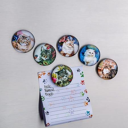 94892_Deco_Home_Adorable_'Cat'_Glass_Magnet__Asstd_
