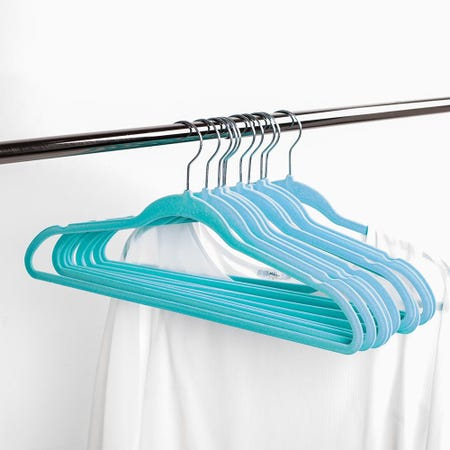 97104_KSP_Velvet_Flocked_Hanger___Set_of_10__Blue