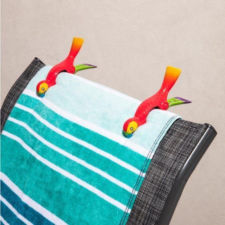97251_O2cool_Boca_'Parrot'_Decorative_Towel_Clip___Set_of_2__Multi_Colour
