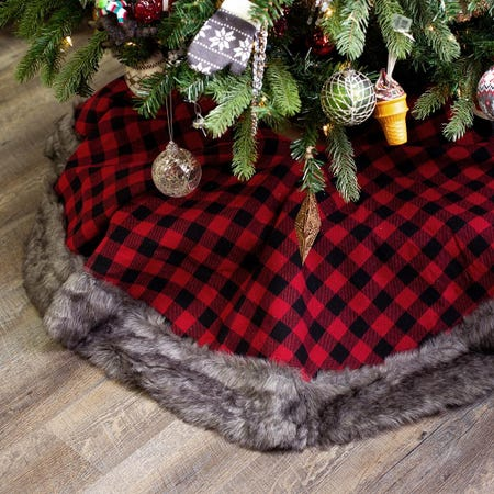 97692_KSP_Christmas_Decor_Tree_Skirt_Buffalo_Check_with_Fur__Red