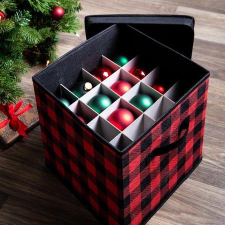 97799_KSP_christmas_Buffalo_Check_27_Compartment_Ornament_Storage_Box