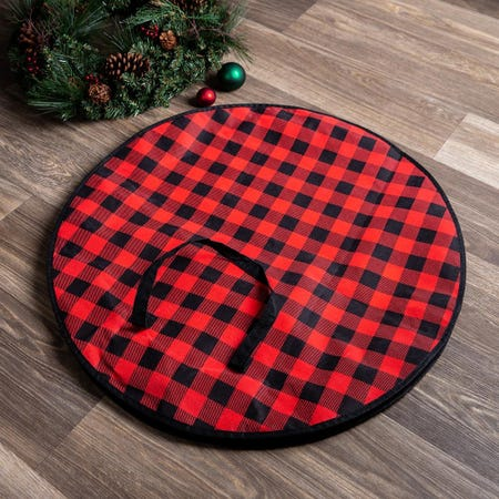 97800_KSP_Christmas_Buffalo_Check_Fabric_Wreath_Storage_Bag__Black_Red